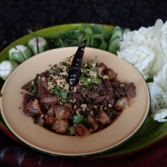 北方辣炒什辛肉末 / เลาบคั่ว / Stir Fried Northern Thai Spicy Minced Pork