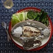 烤鹽魚 / Salt Crusted Grilled Fish / ปลาย่างเเกลือ