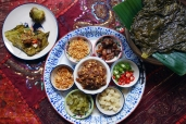 寮式捲 / Herb with Pork and Peanut Balls Wrapped Lao Style / เมี่ยงลาว