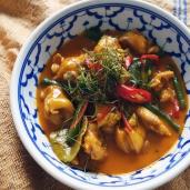 帕捻咖哩雞 / Chicken Panaeng Curry / พะแนง ไก่